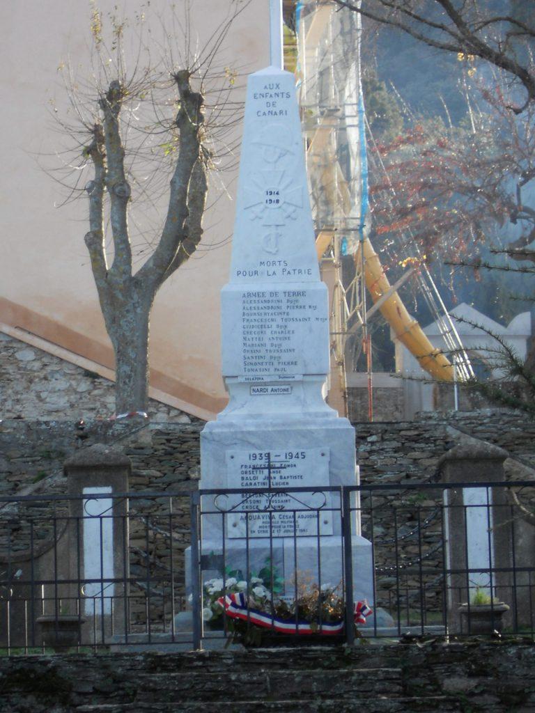 Réfection des inscriptions sur le Monument aux Morts (2011)