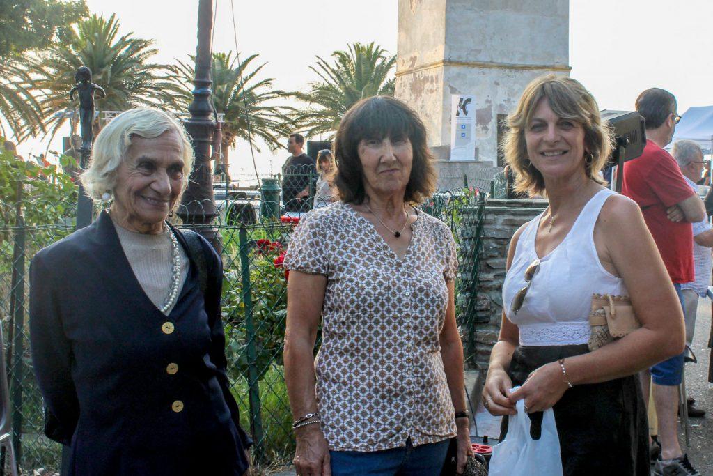 Georgette Perrier, Catherine Gassmann et Annie Santini (Conseillère municipale)
